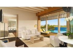 Suite 1 Bedroom Bungalow Sea View with Pool