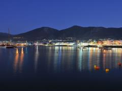 17_Hersonissos-,night-view-of-Crete-harbor-(2)