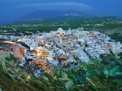 44_Night-in-Fira-Santorini-Greece