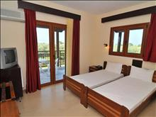 Coral Hotel: Double Room - photo 16