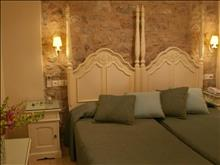 Angelica Hotel - photo 5