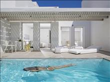 Patmos Aktis Suites and Spa Hotel: Pool Suite