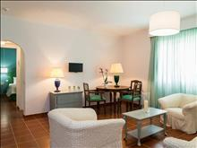 Keri Village By Zante Plaza: Standard Suite