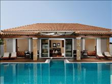 Olympia Golden Beach Resort & Spa: Villa 2 Brooms-Private Pool
