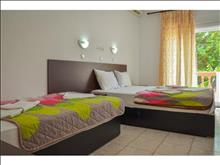 Ellas Hotel - photo 10