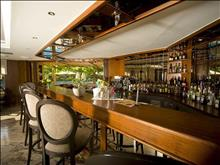 Theartemis Palace Hotel: BAR ARIANE