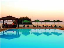 Corfu Dassia Chandris & Spa Hotel: Pool