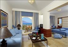 Pilot Beach Resort & Spa Hotel: Deluxe_Suite_Sea_View