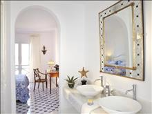 Caramel Grecotel Boutique Resort: 4-Bedrooms Villa on the Beach Bathroom