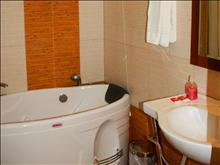 Alianthos Beach Hotel: Bathroom