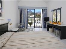 Sunshine Crete Beach: Double Room Land View