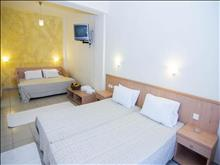 Eviana Beach Hotel: Family Room