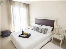 Eviana Beach Hotel: Suite