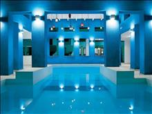 Grecotel Plaza Spa Apartments: Heated Spa pool