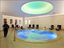Eleon Grand Resort & SPA: Internal Pool