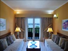 Ariti Grand Hotel: Suite - photo 37