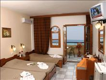 Calypso Hotel: Triple Room - photo 10