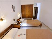 Melpo Hotel: Double Room