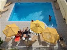 Melpo Hotel: Pool