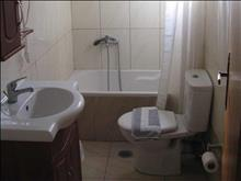 Tsalos Beach Hotel: Bathroom