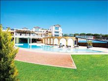 Istion Club & Spa: Pools