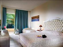 Portes Beach Hotel: Double Room