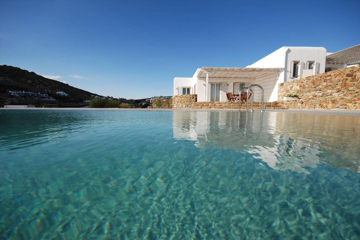 Buy villa in Elia island with private pool