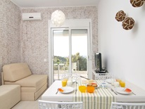 2 bedroom Flat  in Adele  RE0463