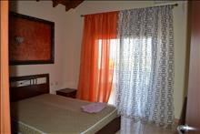 2 bedroom Maisonette  in Polichrono  RE0524