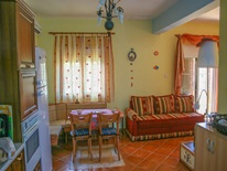 3 bedroom Maisonette  in Ierissos  RE0703